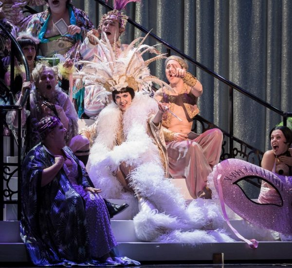 die Fledermaus, Canadian Opera Company. Photo by Chris Hutcheson