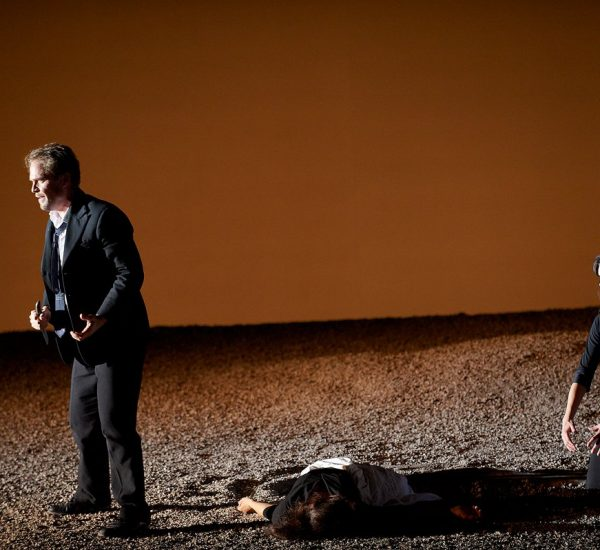 Orfeo, Canadian Opera Company. Photo by Michael Cooper