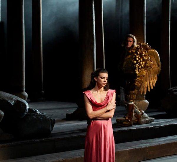Semele, Canadian Opera Company. Photo by Michael Cooper