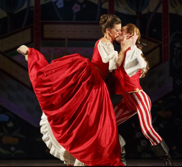 Abduction from the seraglio, Opera Atelier. Photo by Bruce Zinger